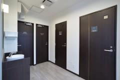 男女別の化粧室